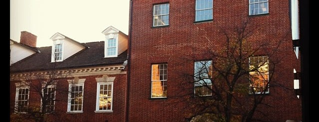 Gadsby's Tavern Museum is one of Gotta Go There!.