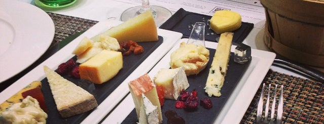 Poncelet Cheese Bar is one of Sitios chulis de Madrid.