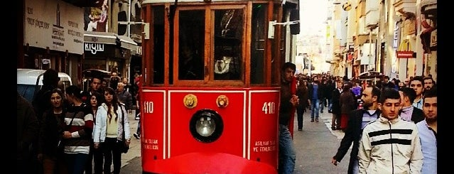 İstiklal Caddesi is one of 52 Places You Should Definitely Visit in İstanbul.
