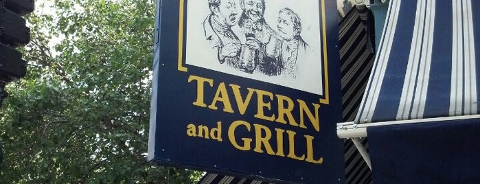 Four Farthings Tavern & Grill is one of Chicago eats.