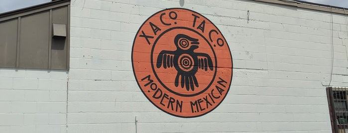 Xaco Taco is one of Lieux qui ont plu à Andrew.