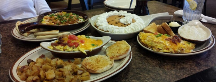 Brigs Restaurants is one of Top Triangle Sunday Brunch Places.