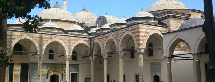 Topkapı Sarayı Müzesi is one of Long weekend in Istanbul.