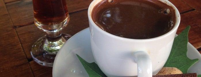 Çınaraltı Cafe is one of Posti che sono piaciuti a Özlem.