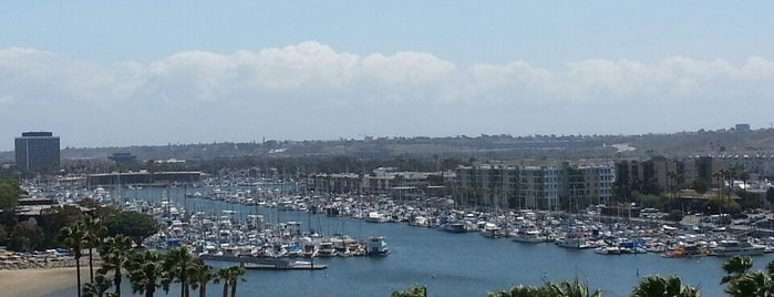 Marina del Rey Beach is one of Los Angeles.