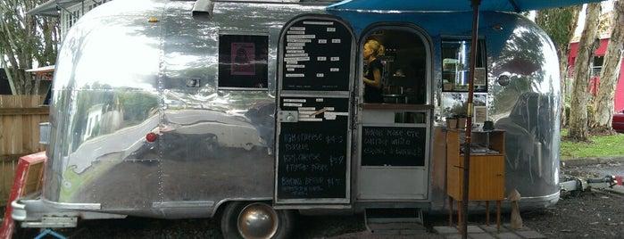 Bullitt Espresso Van is one of Orte, die Adam gefallen.