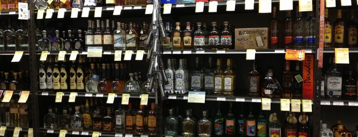 Total Wine & More is one of 416 Tips on 4sqDay Challenge - Dwayne List 1.