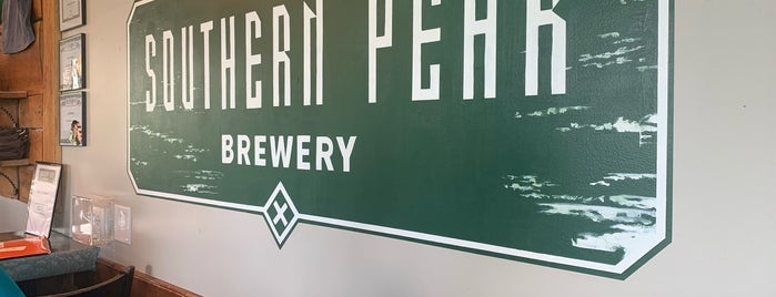 Southern Peak Brewery is one of Ericさんのお気に入りスポット.