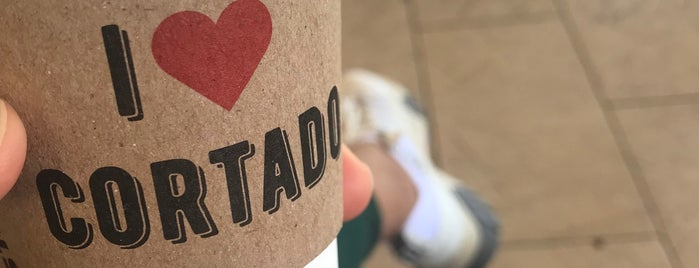 Starbucks is one of Locais curtidos por CLVNKLN.
