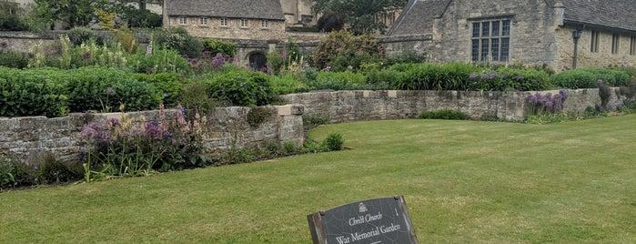 Christ Church War Memorial Garden is one of Locais curtidos por Ricardo.