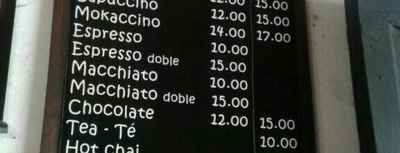 Café La Parada is one of Locais curtidos por Kevin.