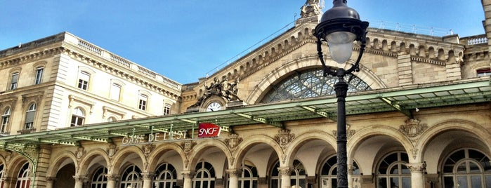 Gare SNCF de Paris Est is one of Orte, die Ben gefallen.