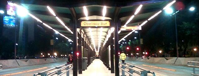 Metrobus - Estación Obelisco Sur is one of Lieux qui ont plu à Agustin.