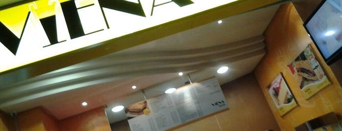 Viena Snacks is one of Sandra'nın Beğendiği Mekanlar.