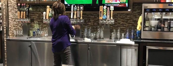 Harris Tetter Craft Beer & Wine Bar is one of Richard'ın Beğendiği Mekanlar.