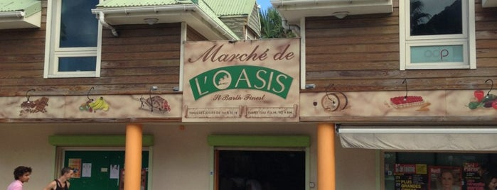 Marché De L'Oasis is one of Charlesさんのお気に入りスポット.