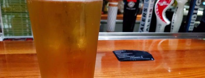 Skiff Bar is one of Locais curtidos por Mike.