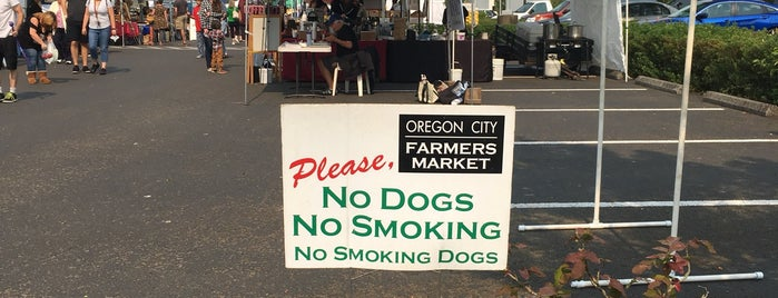 Oregon City Farmers Market is one of Orte, die Erik gefallen.