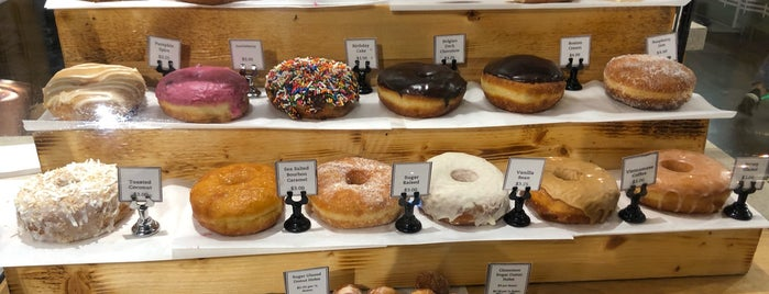 Union Square Donuts is one of Al 님이 좋아한 장소.