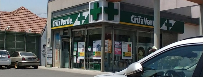 Farmacias Cruz Verde is one of Sandra : понравившиеся места.