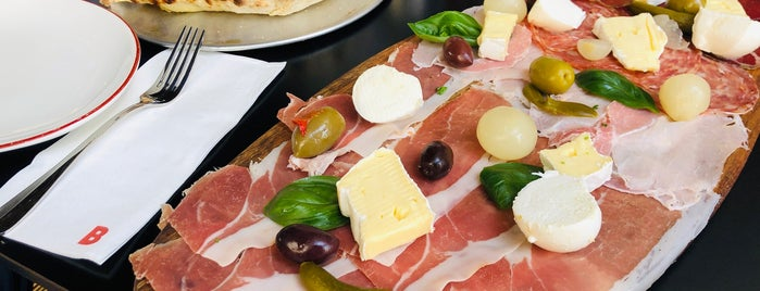Bellucci Cucina is one of Nom Nom Nom.