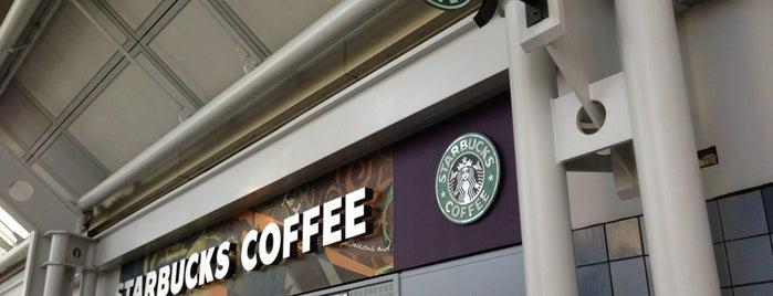Starbucks is one of Lieux qui ont plu à Sangria.