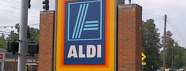 Aldi is one of Posti che sono piaciuti a Trin.