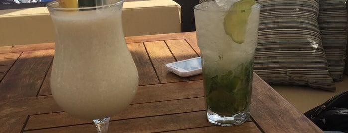 Madero Ocean Club is one of Posti che sono piaciuti a Jiyoung.