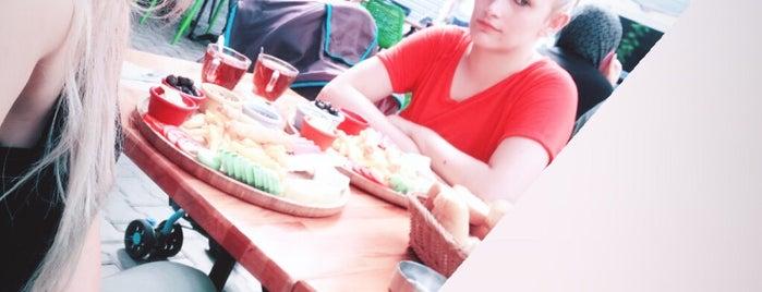 Kocaman Cafe is one of Gittiğim Yerler.