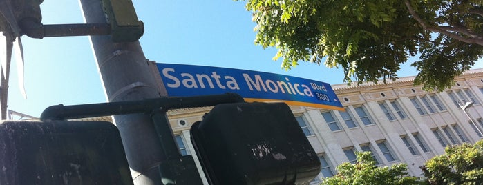 Santa Monica Boulevard is one of Historic Route 66.