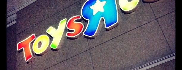 "Toys""R""Us is one of Mucho 님이 좋아한 장소."