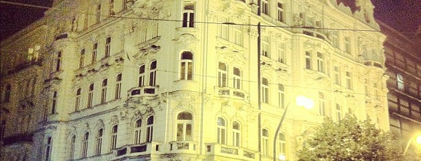 Eurostars Thalia Hotel Prague is one of Posti che sono piaciuti a Mil e Uma Viagens.
