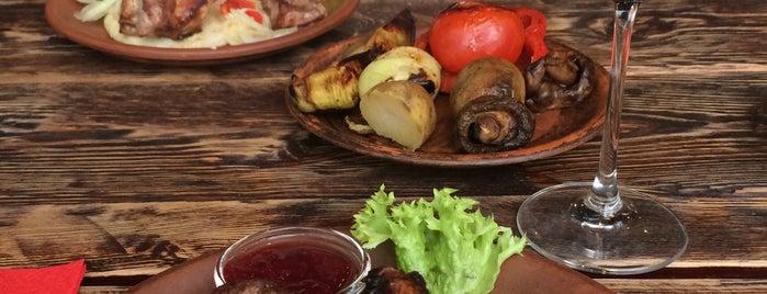 Первая львовская грилевая ресторация мяса и справедливости is one of Dasha : понравившиеся места.