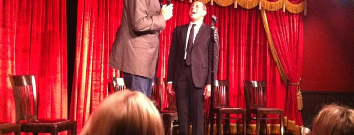 Brad Garrett's Comedy Club is one of Posti che sono piaciuti a Michael.