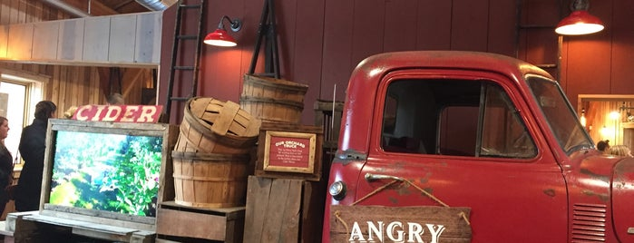 Angry Orchard Innovation Cider House is one of NYC Quick Escapes.