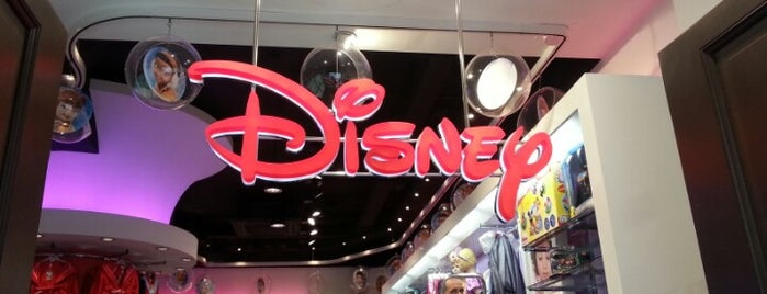 Disney Store is one of Sibel 님이 좋아한 장소.