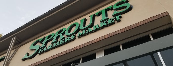 Sprouts Farmers Market is one of Posti che sono piaciuti a K.