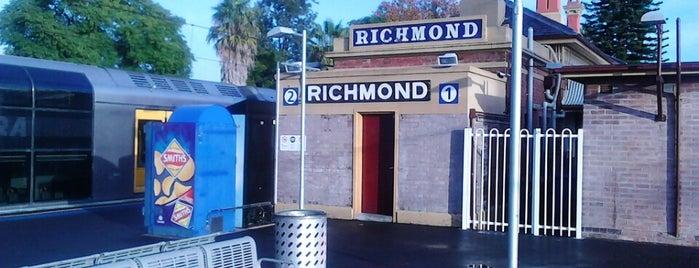Richmond Station is one of สถานที่ที่ Phil VG ถูกใจ.