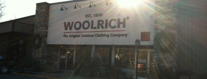 Woolrich Outlet Store is one of PA Retail Polka.