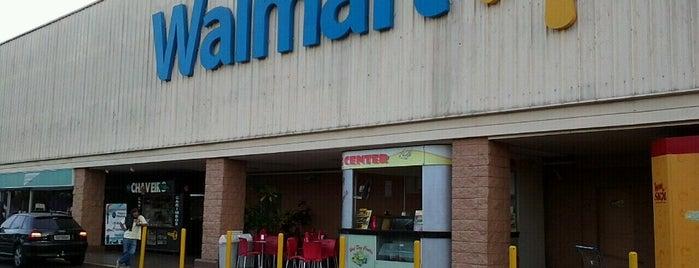 Walmart is one of สถานที่ที่ Carlos ถูกใจ.