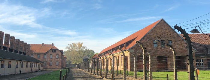 Auschwitz I - Former Concentration Camp is one of Orte, die Mike gefallen.