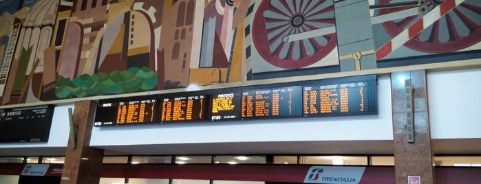 Stazione Verona Porta Nuova is one of Italia.