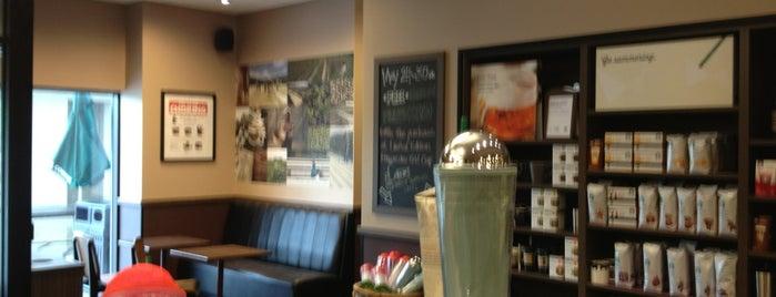Starbucks is one of Tempat yang Disukai Sorora.