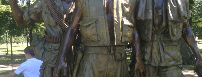 Vietnam Veterans Memorial is one of DC - Must Visit.