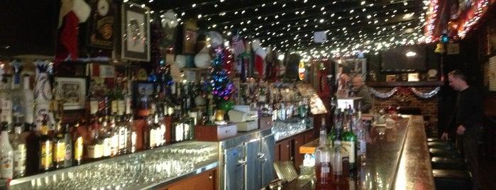 Behan's Irish Pub is one of Peninsula Places.