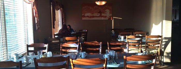 Seaport Restaurant is one of Lieux qui ont plu à Alan.