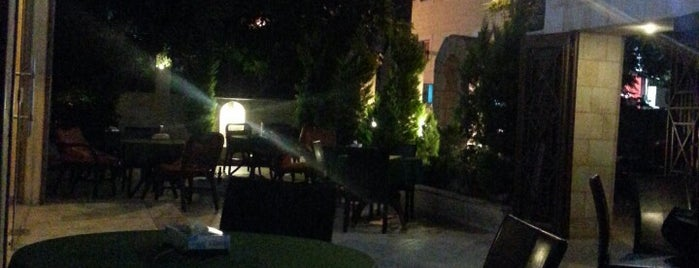 O Six Gastro lounge is one of Amman.