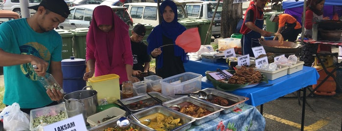 Bazar Ramadhan Sungai Penchala is one of Rahmatさんのお気に入りスポット.