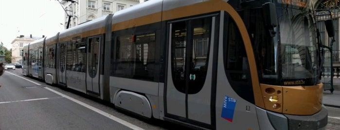 Tram 92 (MIVB / STIB) is one of En chemin....