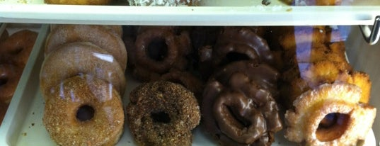 Eagle Donuts is one of Doughnuts in SF.